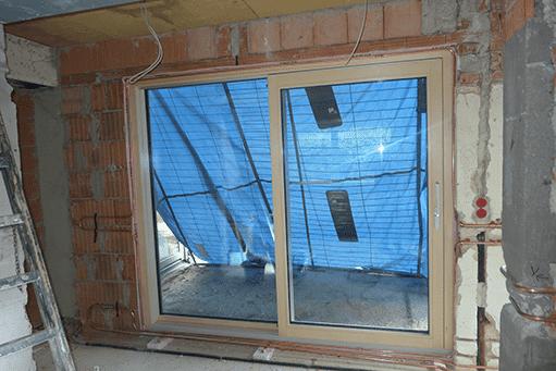 Temperierung bei bodenlangen Fenstern (Symbolbild)